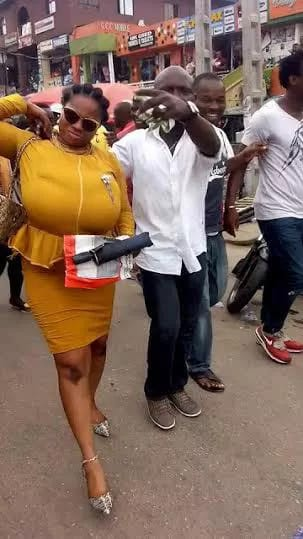 nigerian lady with big breasts (5)