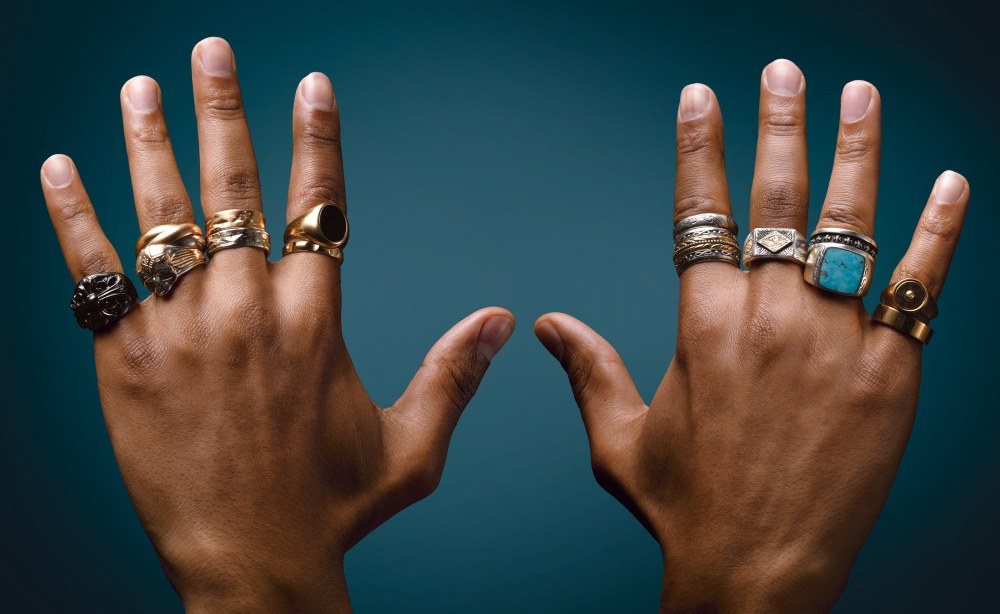 Men's Jewelry The Signet Ring- Types & How to Wear