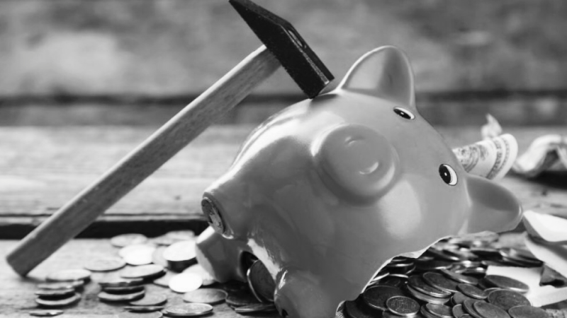 Teaching Teenagers How to Manage Money