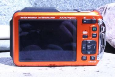 ts6-camera-back