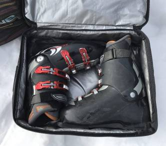 dakine-boot-locker-review-ski-boots