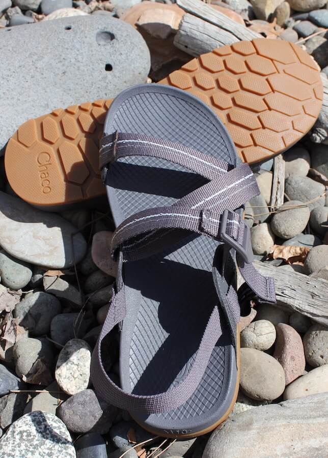 This review photo shows the top view of the men's Chacos Lowdown Sandals.
