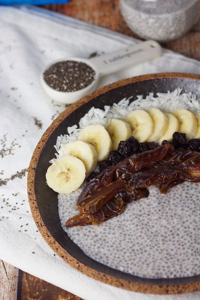 Overnight Vanilla Chia Seed Pudding|www.mannaandspice.com
