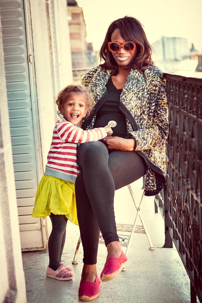 Motherhood in Paris on MannaParis.com