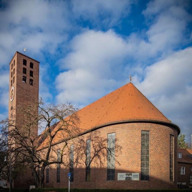 """<small>Stadtführung:</small><br><b>""""Sakralbauten der Siemensstadt & Moschee""""</b> 1"""