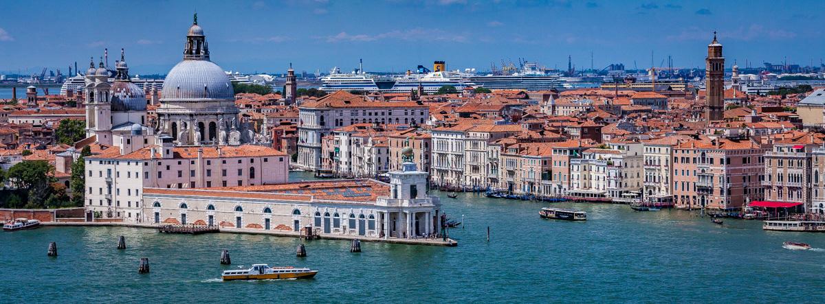 "<b style=""color: darkslategray"">Sondertour:</b><br><b>Venedig</b> 6"