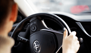 Te daremos el monto del precio de recepción a favor para usarlo como parte de pago de tu nuevo Toyota.