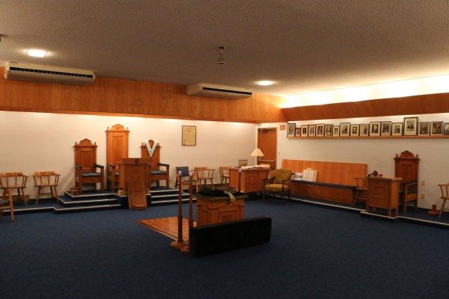 Lodge Room, Manoah Lodge No. 141 (photo by Manoah Lodge No. 141 webmaster)
