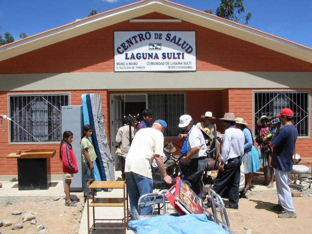 Equipping a newly-built Mano a Mano clinic in Bolivia with donated supplies.