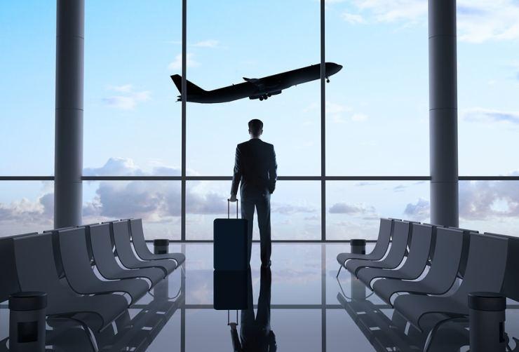 men must have travel essentials