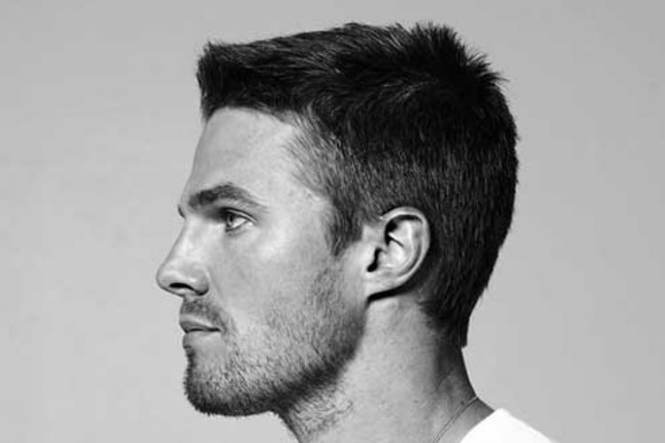 A Picture Of A Mens Short Fade Haircut With Surgical Line