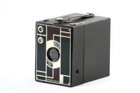 Kodak N°2 Beau Brownie Black & Burgundy