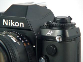 Le premier reflex grand public siglé AF chez Nikon.