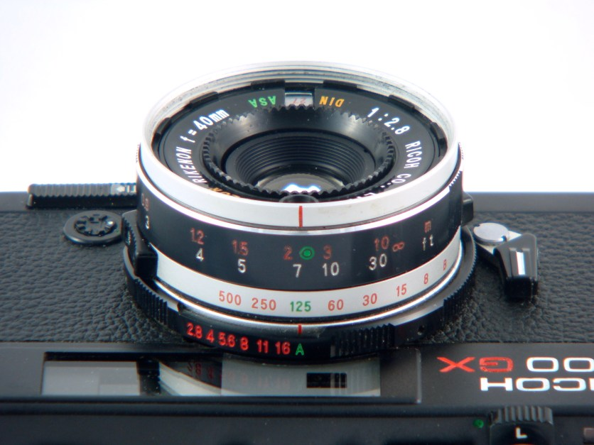 Ricoh 500GX – Color Rikenon 40mm