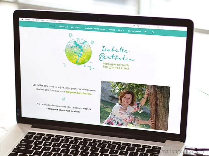 Site d'Isabele Bertholin, astrologue spirituelle - Site vitrine et boutique en ligne - Par Manon Godard, graphiste et webdesigner pour les entrepreneuses