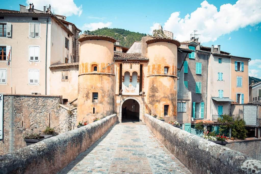 road-trip-alpes-haute-provence-entrevaux