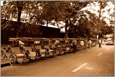 Line of cyclos, Hanoi, Vietnam