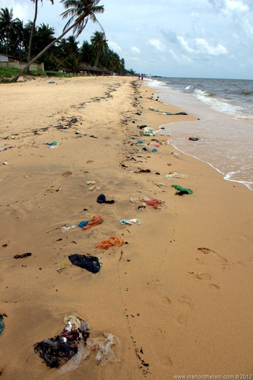 Garbage-lining-the-beach-in-Phu-Quoc-Vietnam.jpg