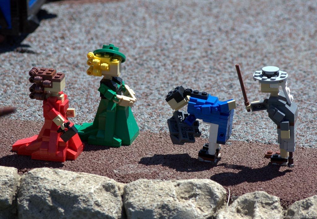 12 Mildly Disturbing Miniland Scenes from Legoland, Florida - Man On ...