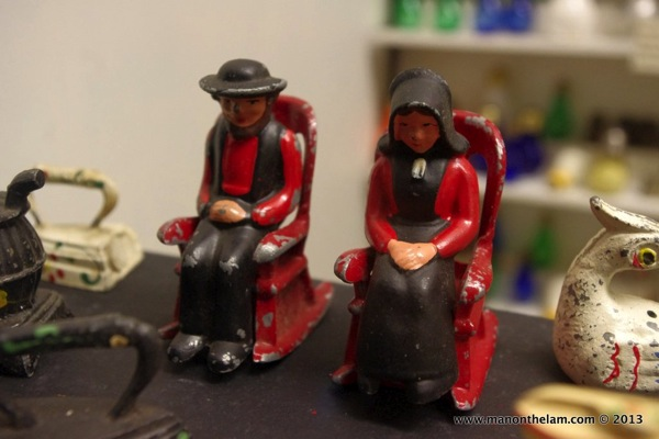 Amish Salt and Pepper Shakers