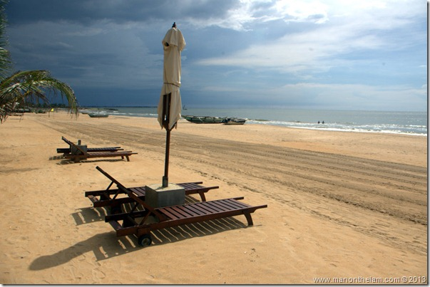 Beach at Jetwing Blue Hotel, Negombo, Sri Lanka
