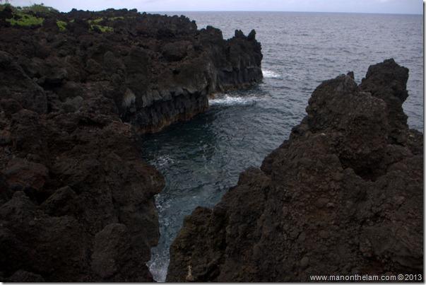Black sand beach at Waianapanapa State Wayside Park, Maui, Hawaii-134