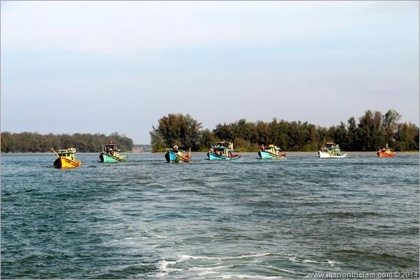 Squid Jigging boats -- Terengganu Squid Jigging Festival April 2014, Malaysi