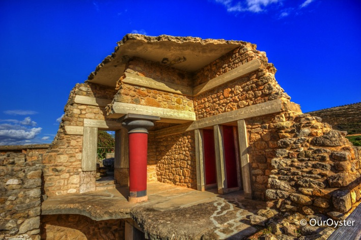 Escaping the Labyrinth in Knossos Our Oyster Top 100 Travel Blog Posts of 2014 by Social Shares