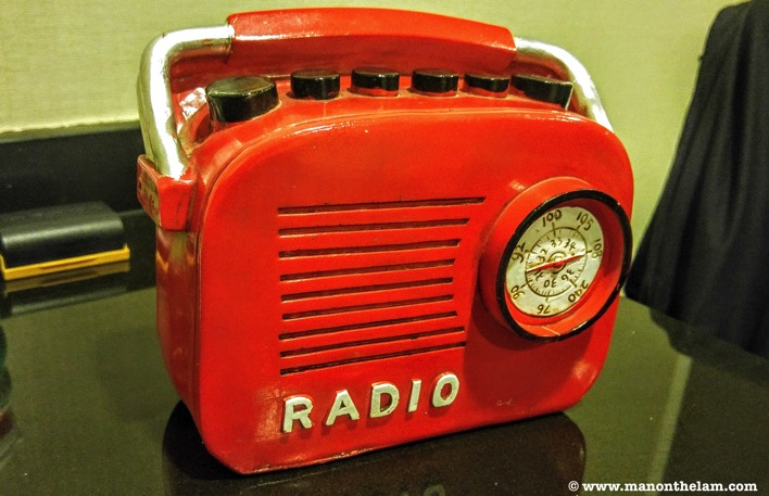 Old time retro radio red coin bank