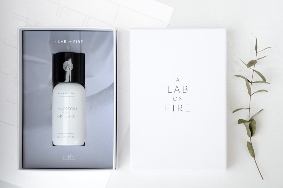 A-Lab-on-Fire-Lanonime-caja