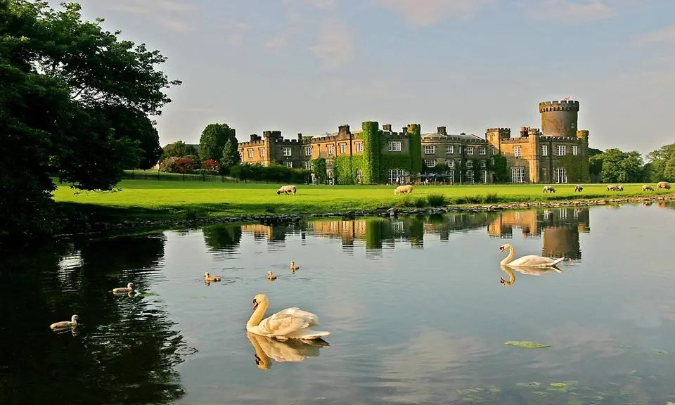 Castle hotel England
