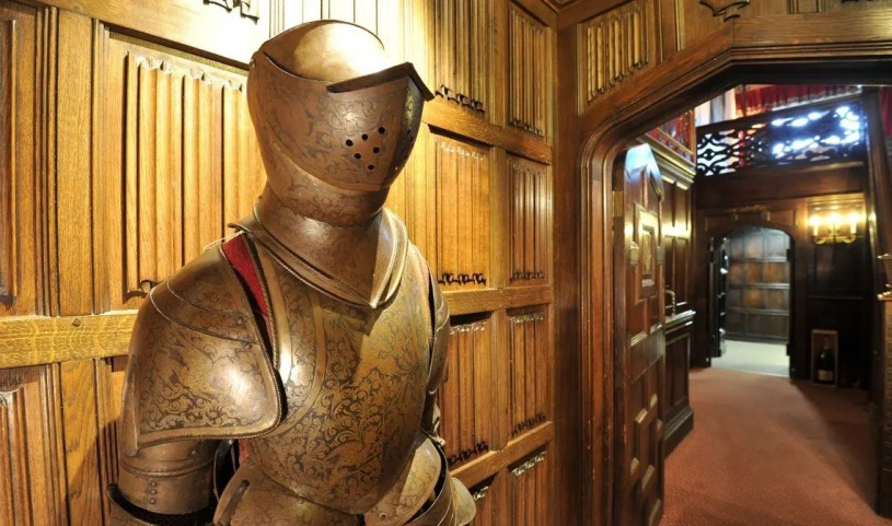 Suit of Armour at Thornbury Castle, a luxury castle hotel near the Cotswolds, Gloucestershire, England.