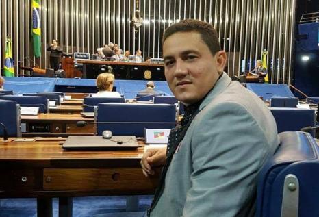 Simão Peixoto é apontado como facilitador de esquema de licitação com empresa de ex-prefeito de Borba
