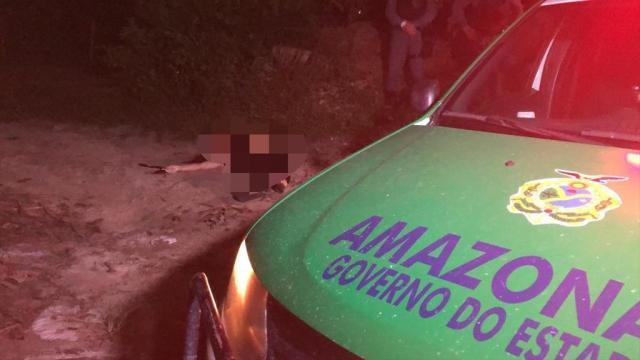 Mulher descer do carro e metralhada, em Manaus