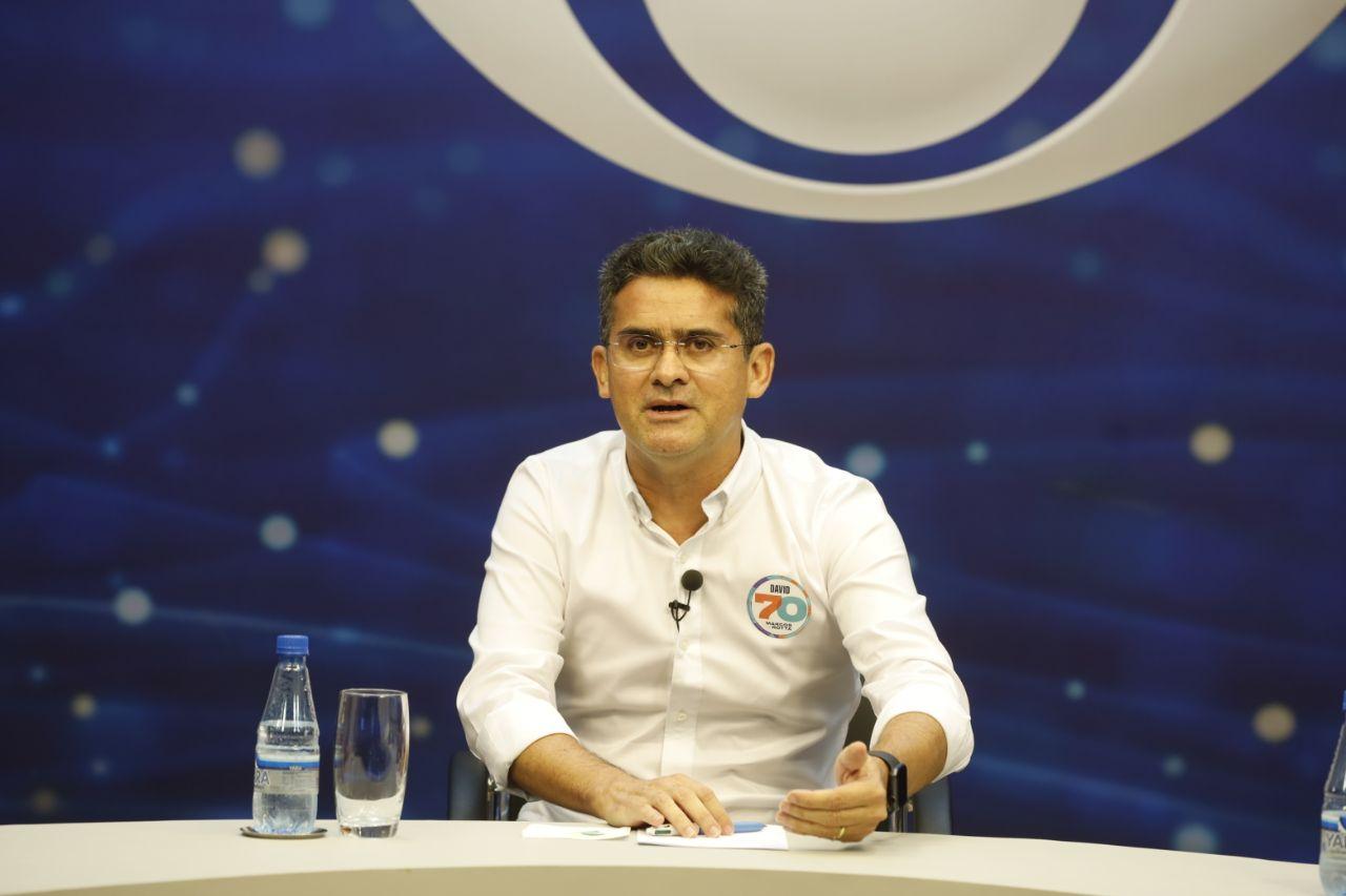 David diz que ausência de Amazonino em debate é estratégia para esconder sua fragilidade