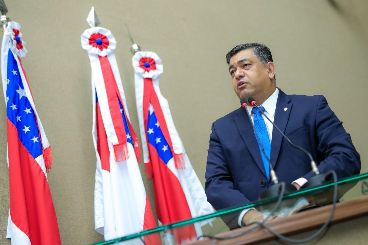 Deputado Dermilson Chagas exige que governador justifique suas ausências do Estado