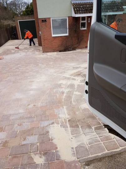 Block paving driveway Bradwell-on-Sea5