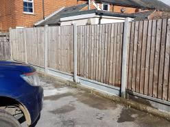 Replacement of existing fence corrugation Road Burnham on Crouch (before)3