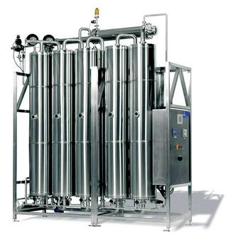 Pure steam and water for injection in the pharmaceutical industry