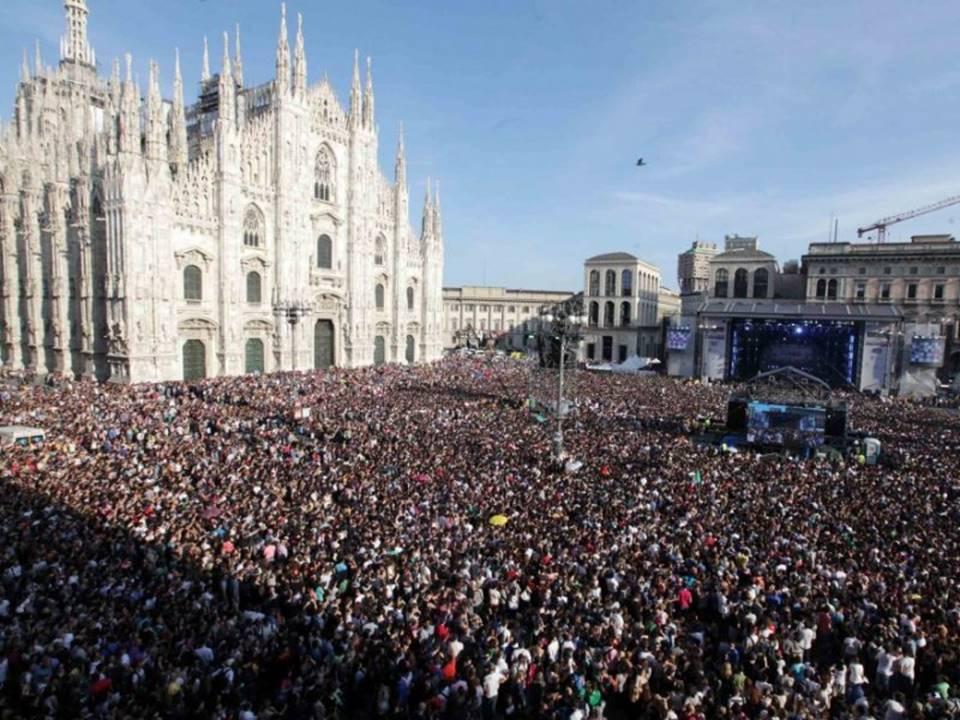 radio live italia piazza duomo