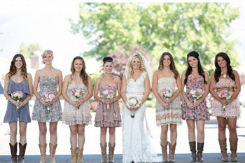 Barn Wedding Fashion | The Mansfield Barn