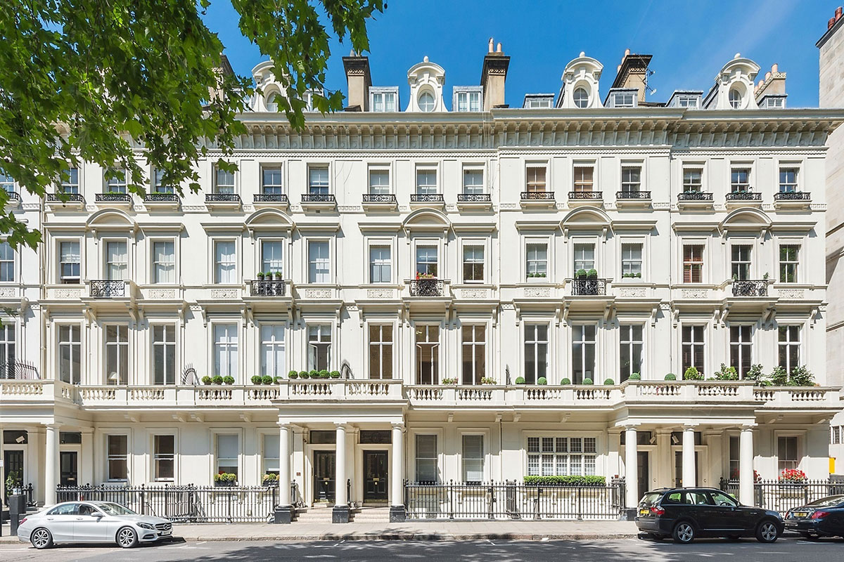 Hard-Up Oligarchs Find Luxury Homes In London Out Of Reach