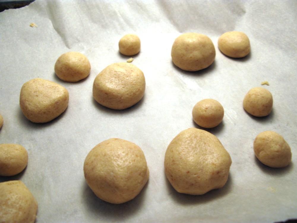 1up Mushroom Cake Pops (6/6)