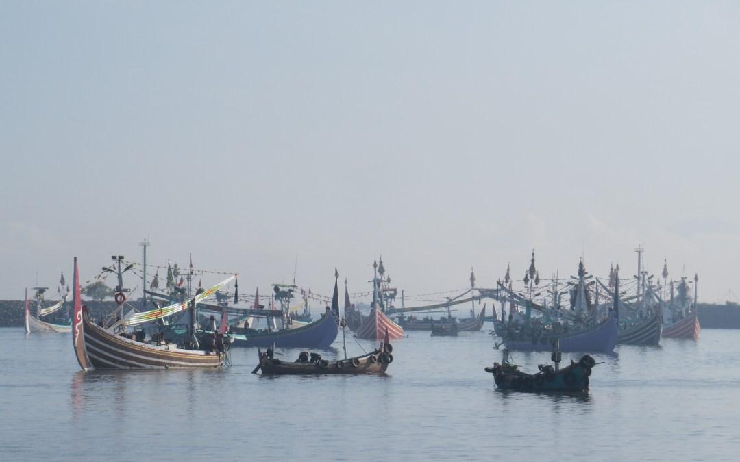 Seasonal Dynamics of the Bali Strait Fishery