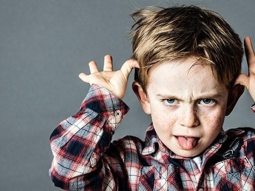 الحقد والحسد والغيرة ؛ نتائج سوء التربية للأطفال