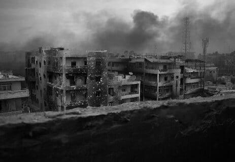 قصص واقعية - قصص قصيرة - قصص عن مآسي الحروب