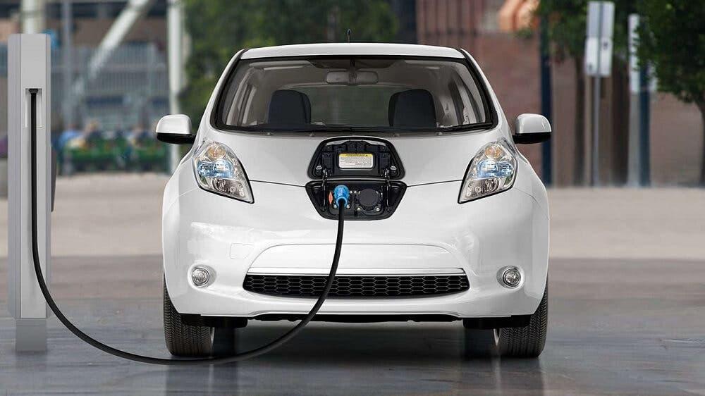 لأصحاب السيارات الكهربائية.. غوغل ستساعدك في التخطيط لرحلاتك WWW.MANTOWF.COM