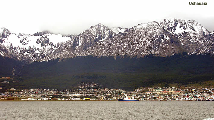 Ushuaia vista do mar, Terra do Fogo