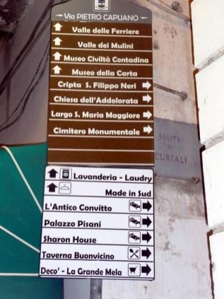 As localidades e caminhos da Costa Amalfitana