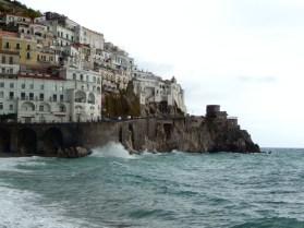 Costa Amalfitana, dia de mar revolto